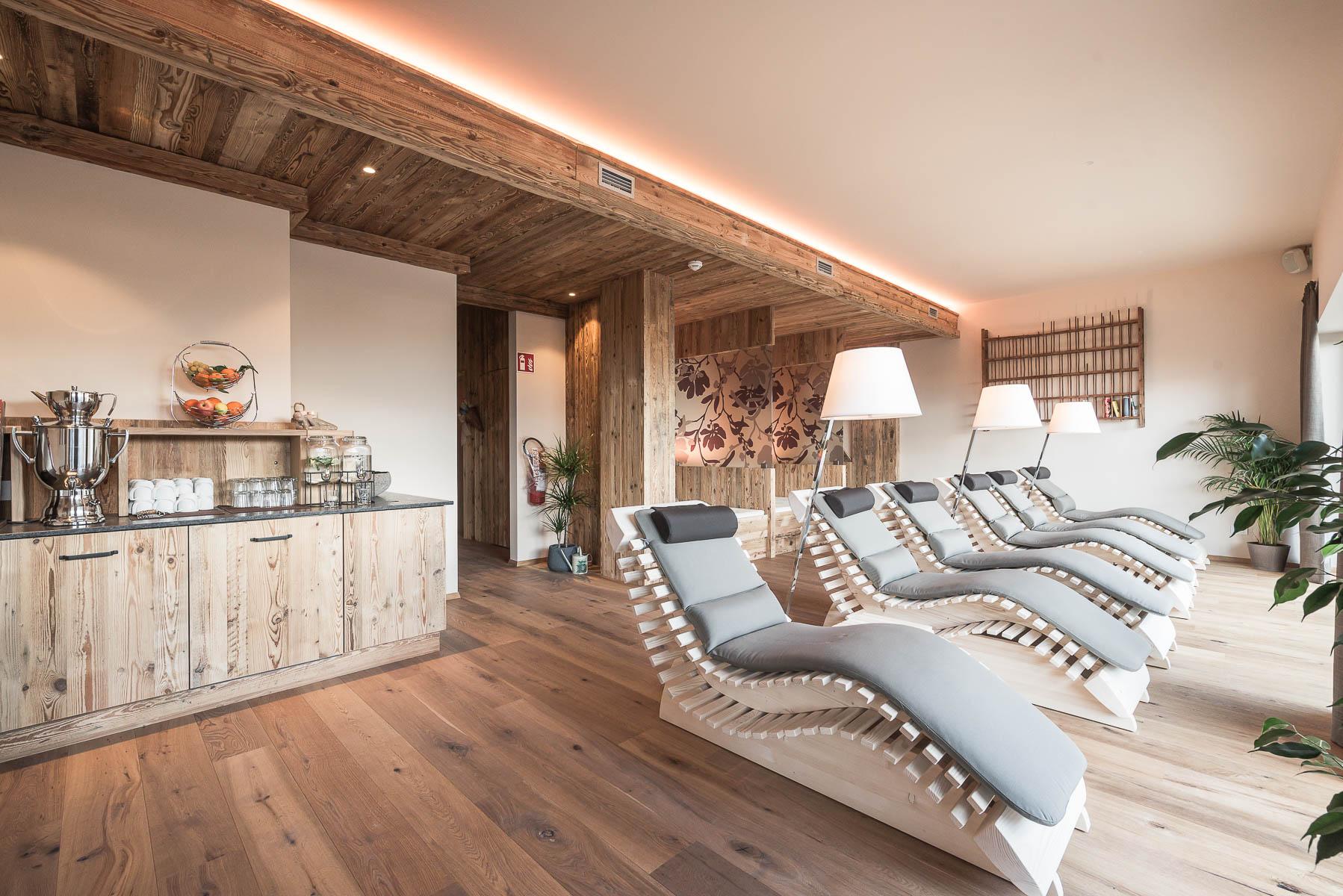 Palestre In Legno Prezzi hotel con sauna al plan de corones e palestra - hotel b&b